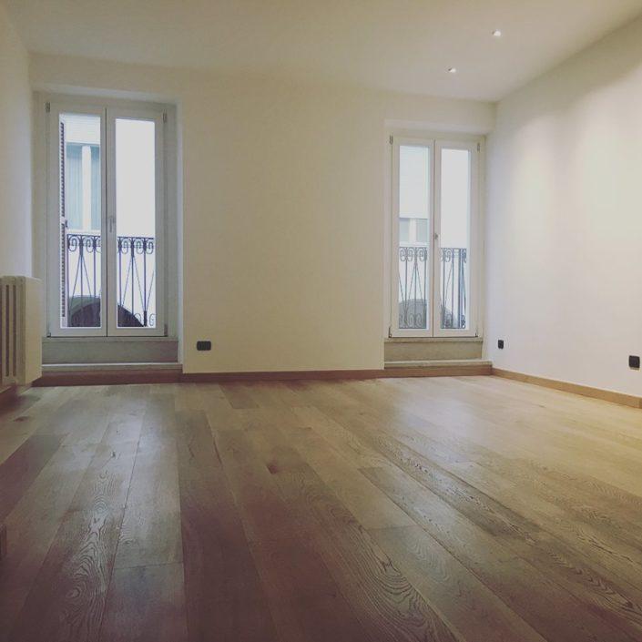 soggiorno e pavimento nuovo